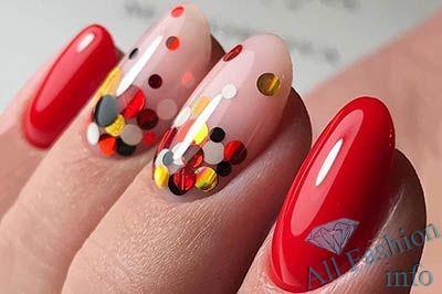 Ногти с конфетти дизайн фото