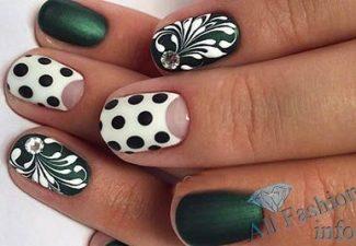Лунный маникюр на коротких ногтях (2)