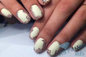 Белый дизайн ногтей 108 фото новинок