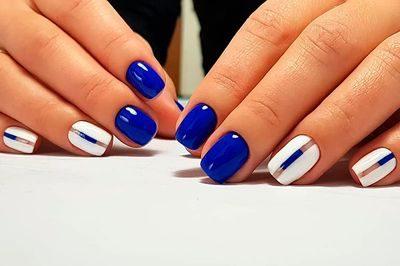 Королевский синий маникюр [year]
