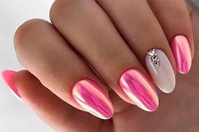 Тысяча и один оттенок розового в маникюре. Выбери свой идеальный цвет.